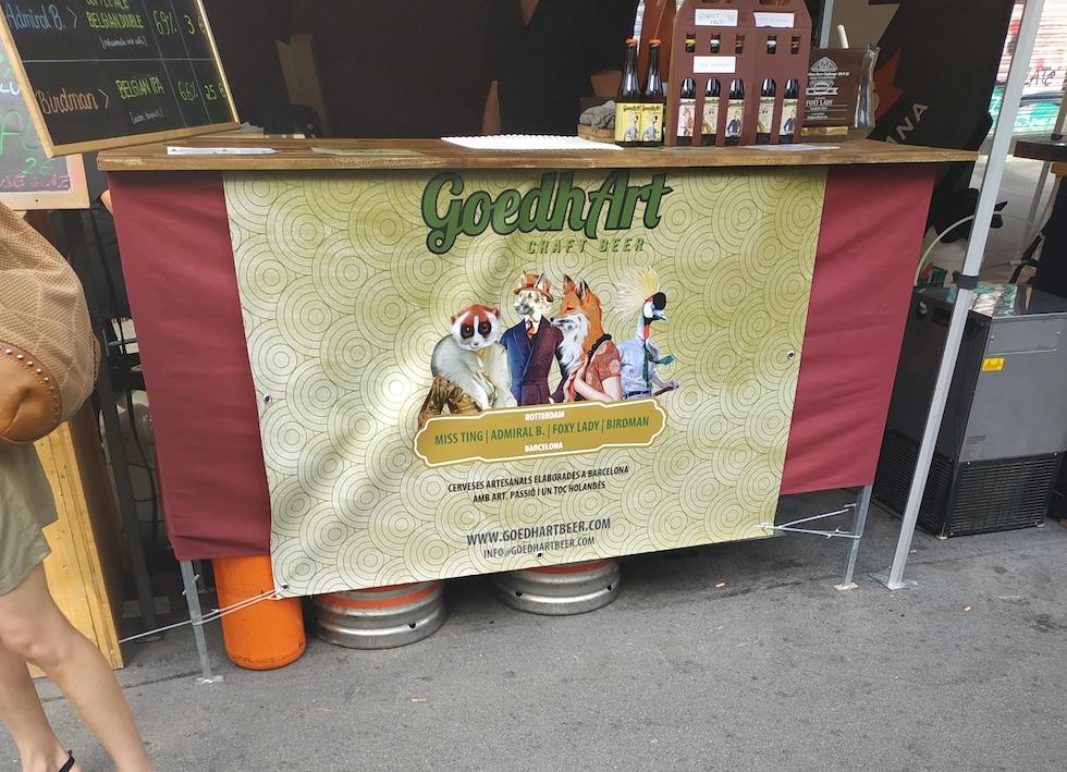 Stand de bière au festival de bière artisanale à Barcelone - Let's got to Barcelone
